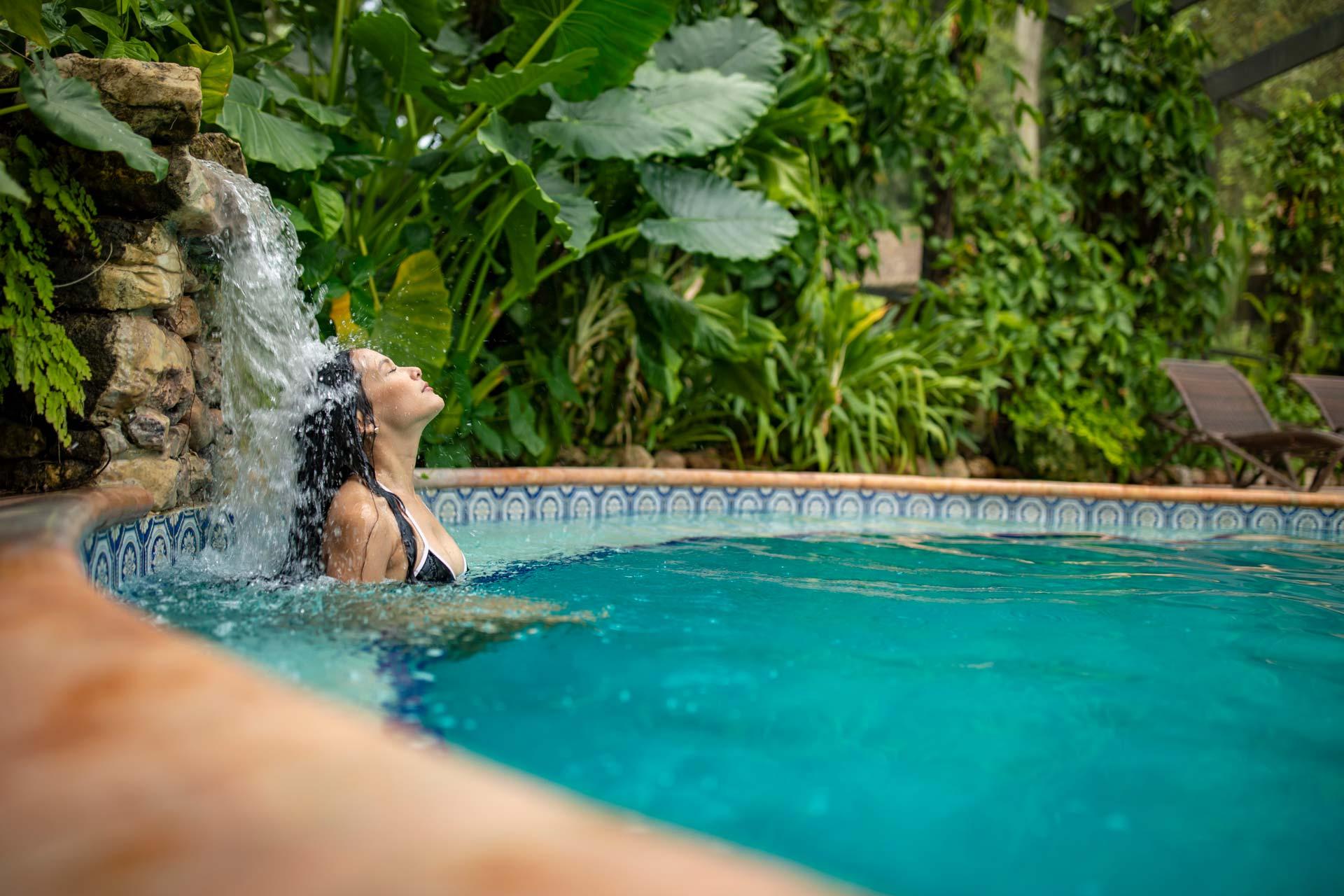 chan-chich-lodge-pool-waterfall